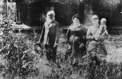John Gustave Sommer and his family, Yandina, ca. 1885.