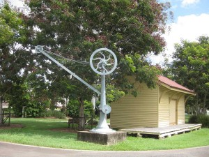Hand-operated-crane-at-Yandina-Rail-Station