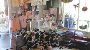 inside-shop-gifts-crafts